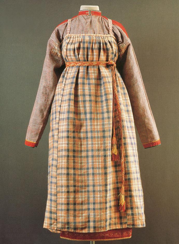 Одежда крестьянки из Вологодской губернии район Северной Двины конец 19-го начало 20-го века