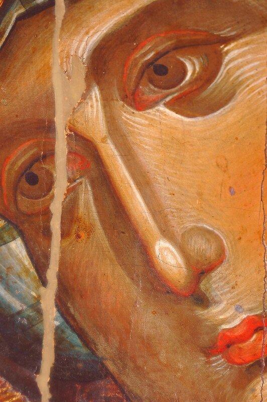 Богоматерь Одигитрия. Византийская икона XIII века в монастыре Хиландар на Святой Горе Афон. Фрагмент.