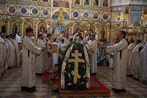 Отпевание и погребение митрополита Николая