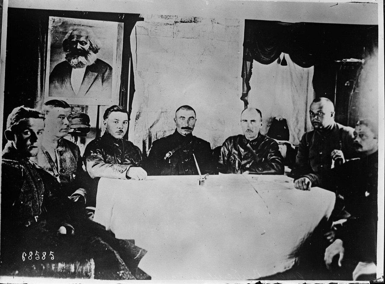 1921. Буденный сотоварищи