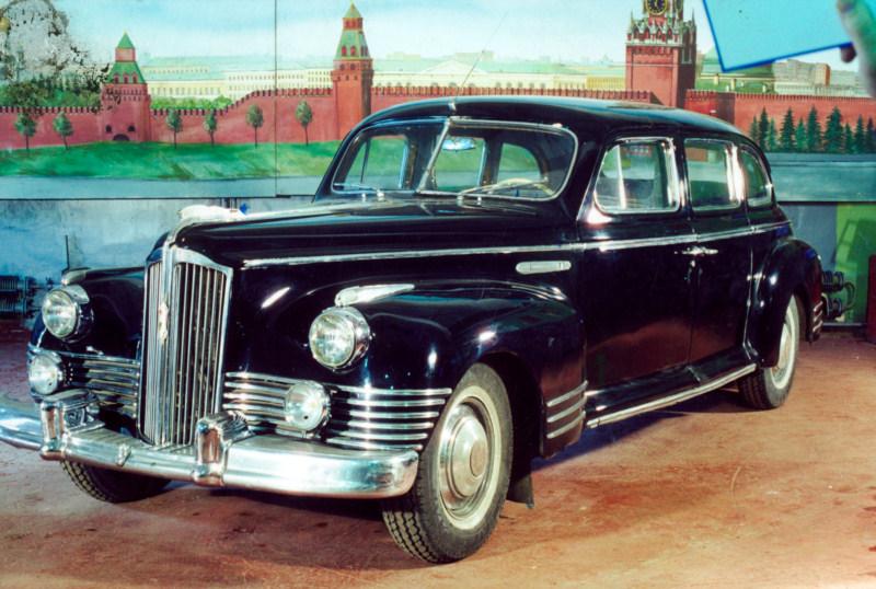 Легковой автомобиль ЗИС-110 (1945), СССР.jpg