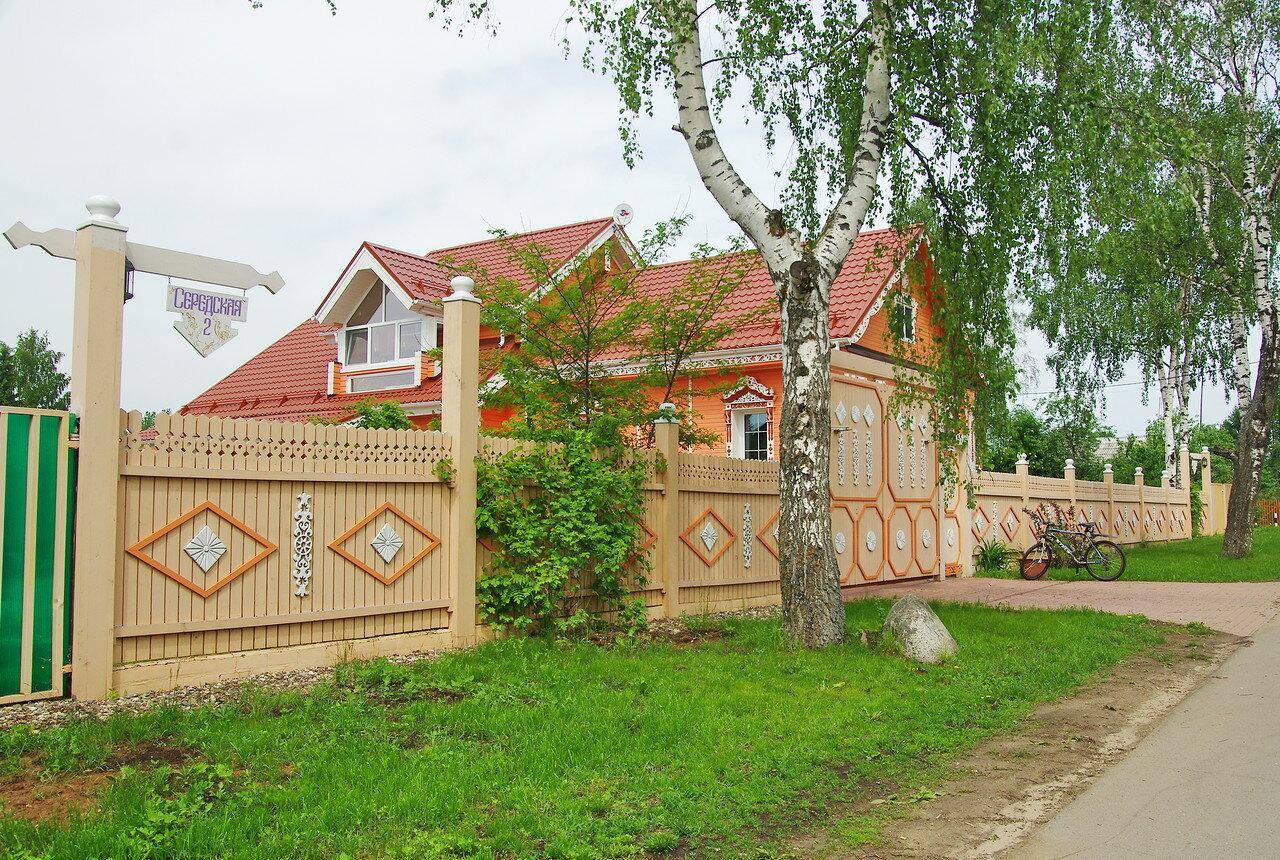 В селе Вятском.