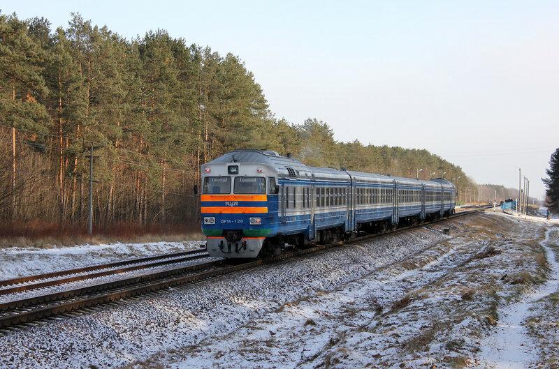 ДР1А-126 подъезжает к платформе Чижовка, перегон Якимовка - Прибор