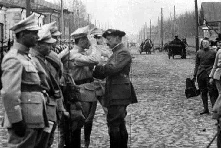 arkhangelsk_1919_pol_parade_4.jpg
