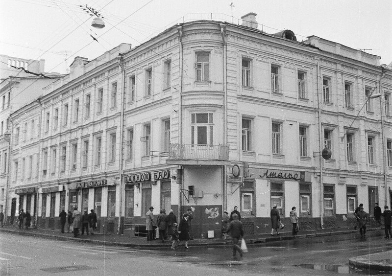 150976 Пушкинская ул. дом № 13-8 И.Нагайцев нач.80-х.jpg