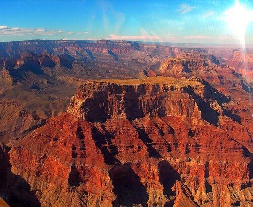 Свободный столик в Гранд-каньоне.