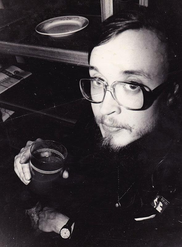 022 Е. Летов После концерта в Ангарском ТОМе, 1990.jpg