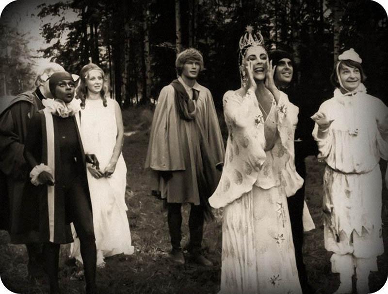 Маргарита Терехова, Элизабет Тейлор, Георгий Вицин на съёмках фильма «Синяя птица» 1976 год.jpg