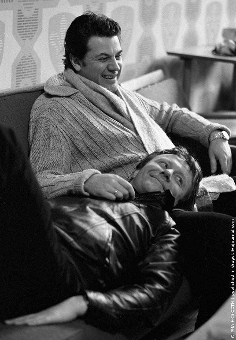 1 Александр Ширвиндт и Андрей Миронов. РИА Фото, Виталий Арутюнов, 1980 год.jpg
