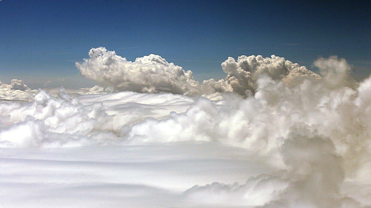 Облака. Вид с самолета