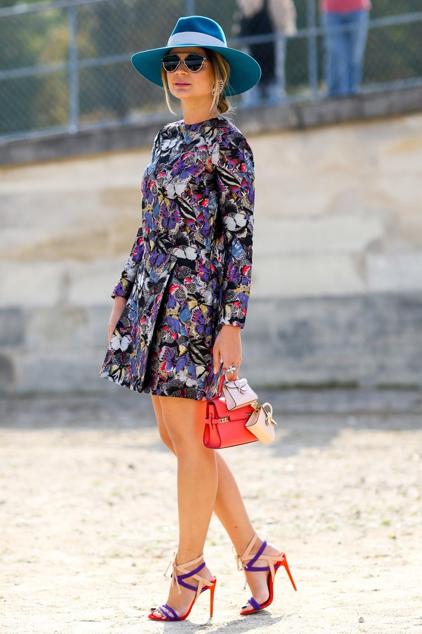 платье длинный рукав с принтом, уличная мода Парижа 2015