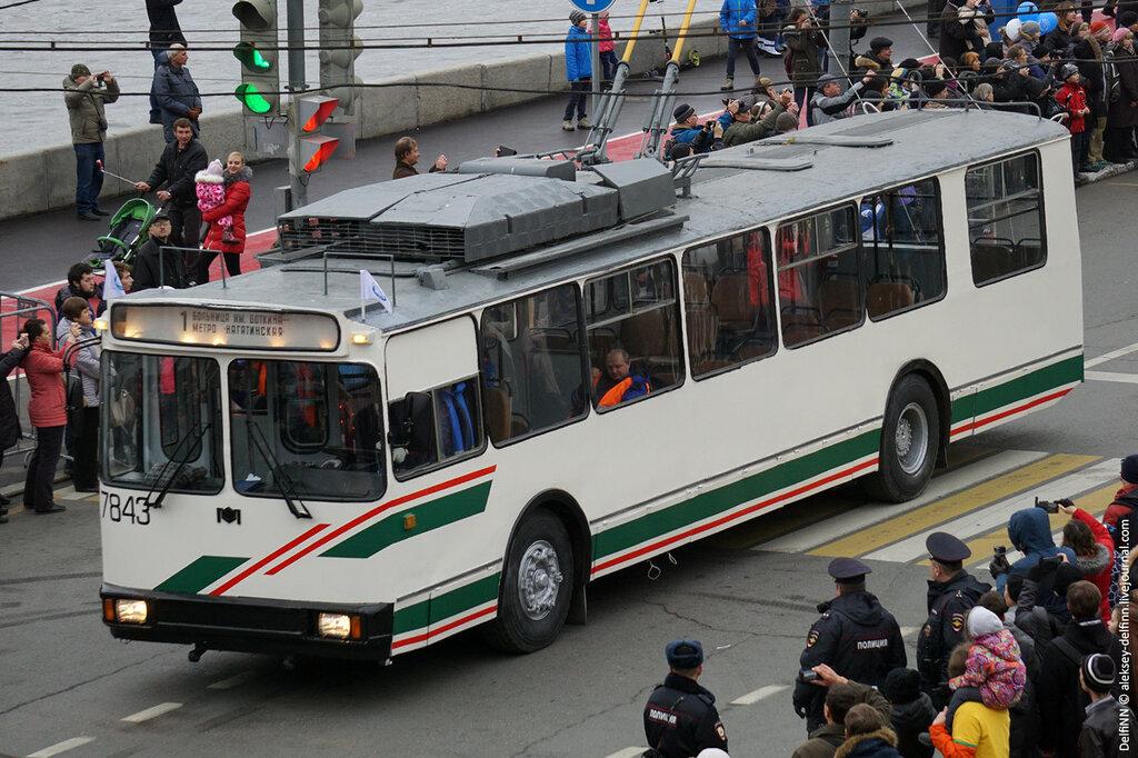 Парад-троллейбусов-10.jpg