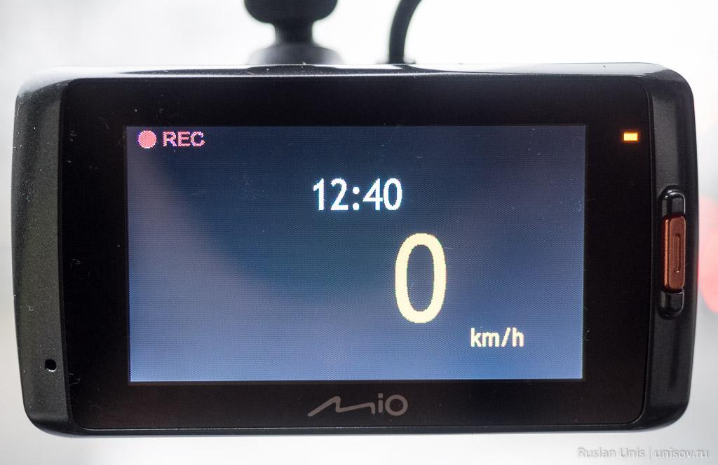 Обзор видеорегистратора Mio MiVue 688
