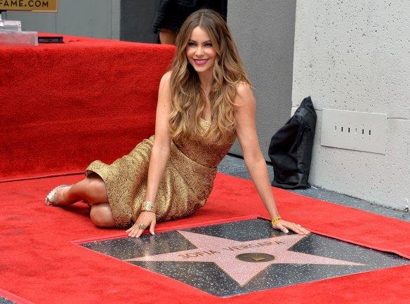 София Вергара удостоилась заслуженной звезды на Алее славы в Голливуде