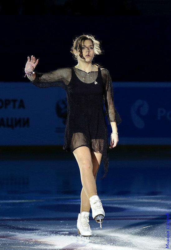 Аделина Сотникова - 2 0_148102_66cb86e6_XL