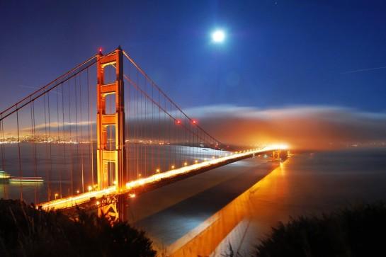 На мосту Золотые ворота в Сан Франциско оборудуют конструкции против самоубийц