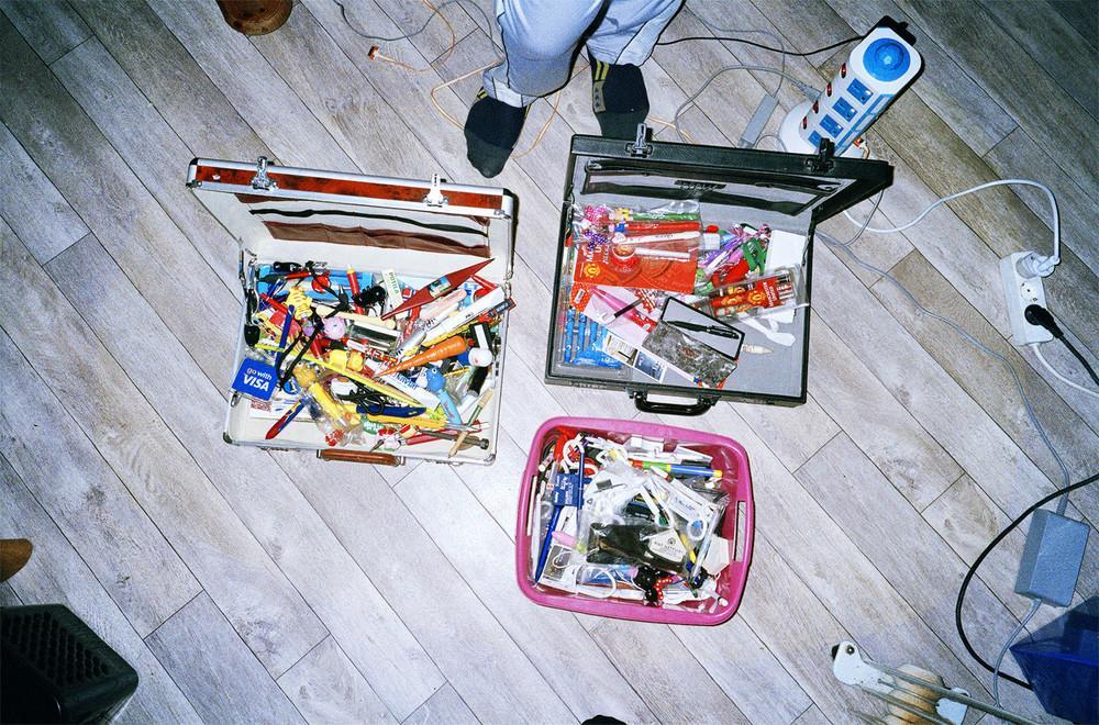 У Рольфа Рессема более 13 тысяч ручек, которые он хранит в коробках, чемоданах, а самые лучшие — в п