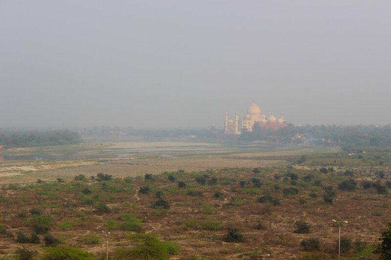 Вид на Тадж-Махал от Красного Форта
