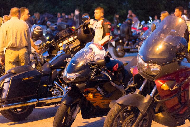 Мотоциклы и их хозяева, Москва, Воробьевы горы