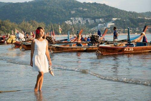 Лодки, пляж Ката