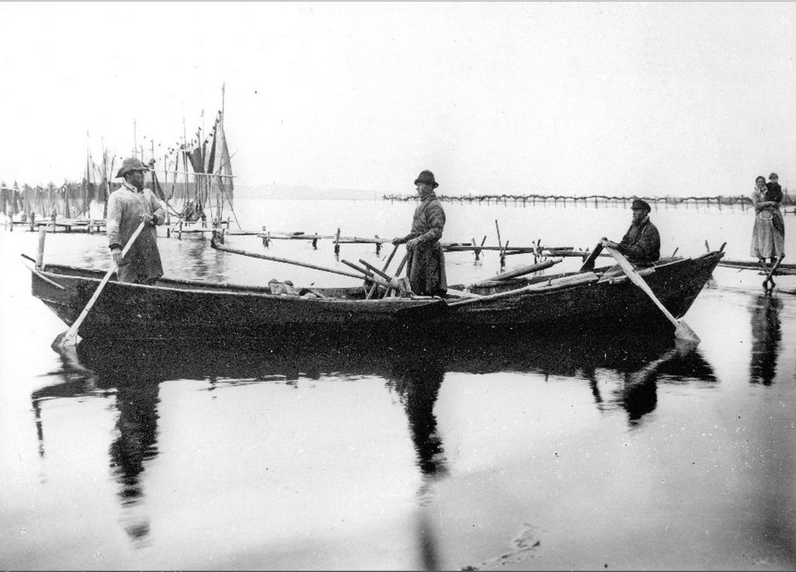 Рыбный промысел на Галичском озере
