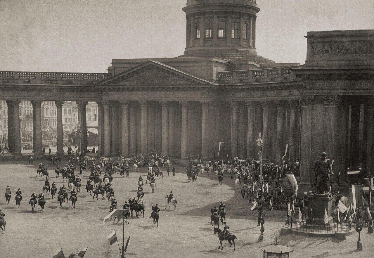 Казанский собор на Невском проспекте при посещении его императрицей Марией Федоровной 1883