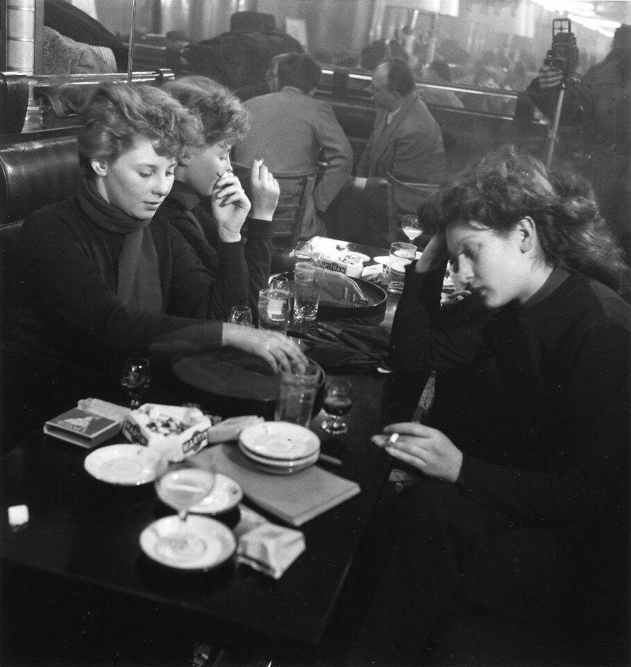 1950. Эдит Перре и Эдди де-Ре в Сен-Жермен-де-Пре