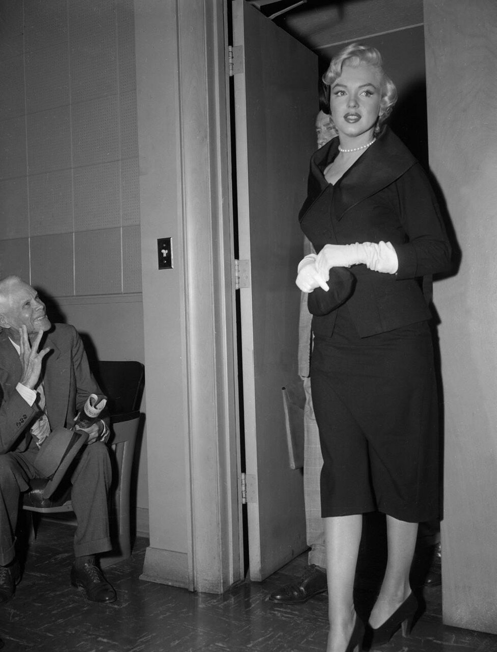 Marilyn Monroe Walking into Court