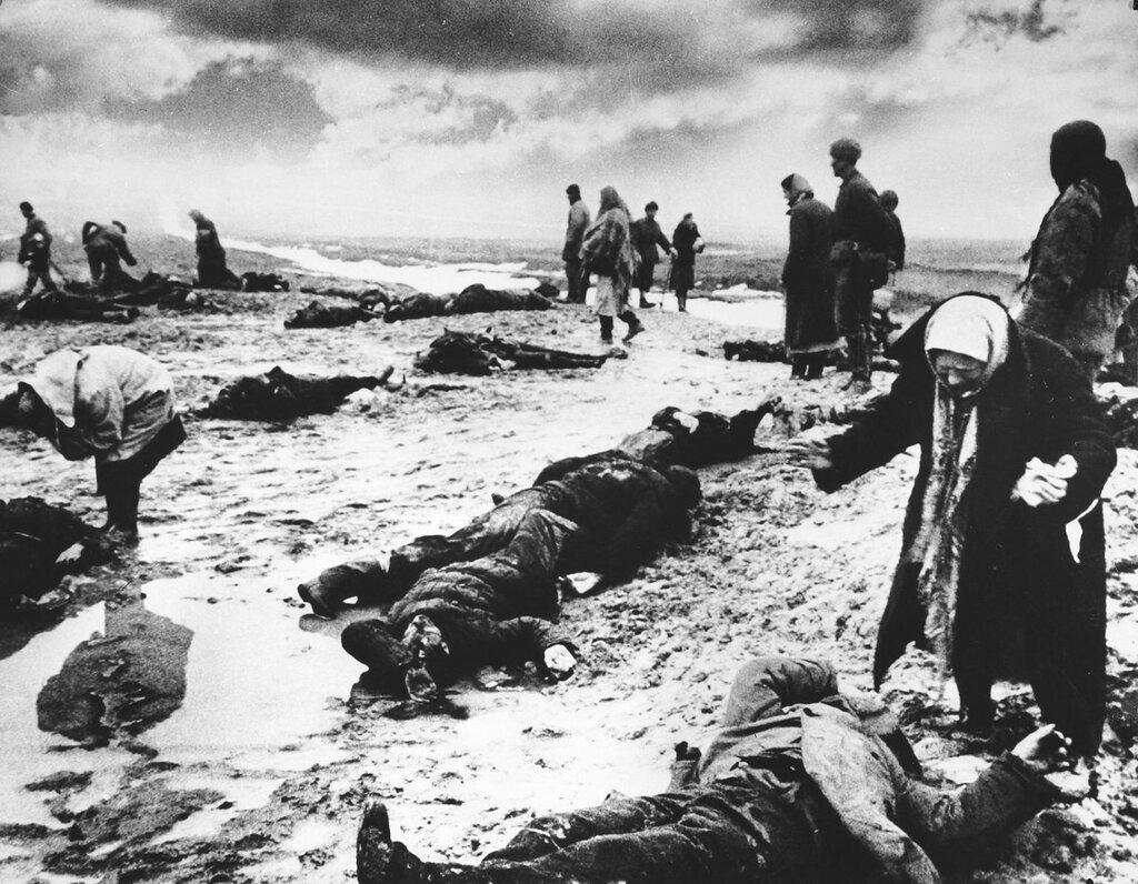 идеология фашизма, что творили гитлеровцы с русскими прежде чем расстрелять, что творили гитлеровцы с русскими женщинами, зверства фашистов, зверства фашистов над женщинами, зверства фашистов над детьми, издевательства фашистов над мирным населением
