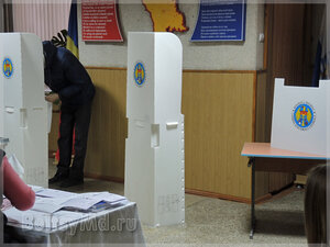 Голосование завершено - Молдова застыла в ожидании