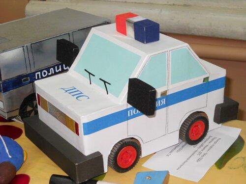 Поделка из картона полицейская машина