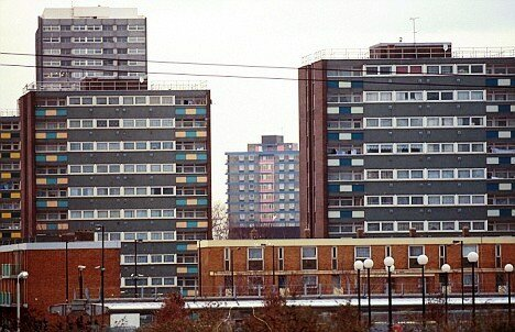 NEWHAM COUNCIL ESTATE, CANNING TOWN.