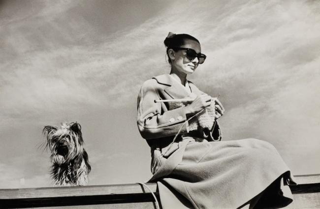 Одри Хепберн и Мистер Фэймос в Мексике во время съемок фильма «Непрощенная», февраль 1959 г.