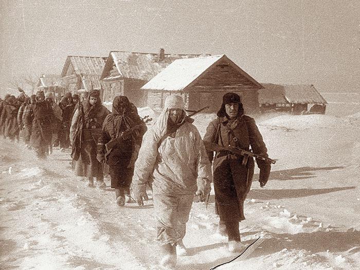 Плененные  в Сталинградском котле немцы.jpg