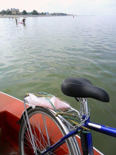 С велосипедом на яхте. 2015-08-14