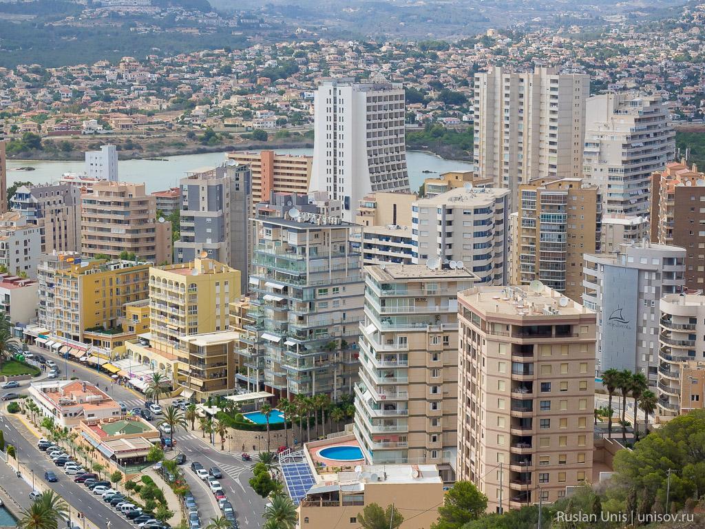 Город Кальп в Испании