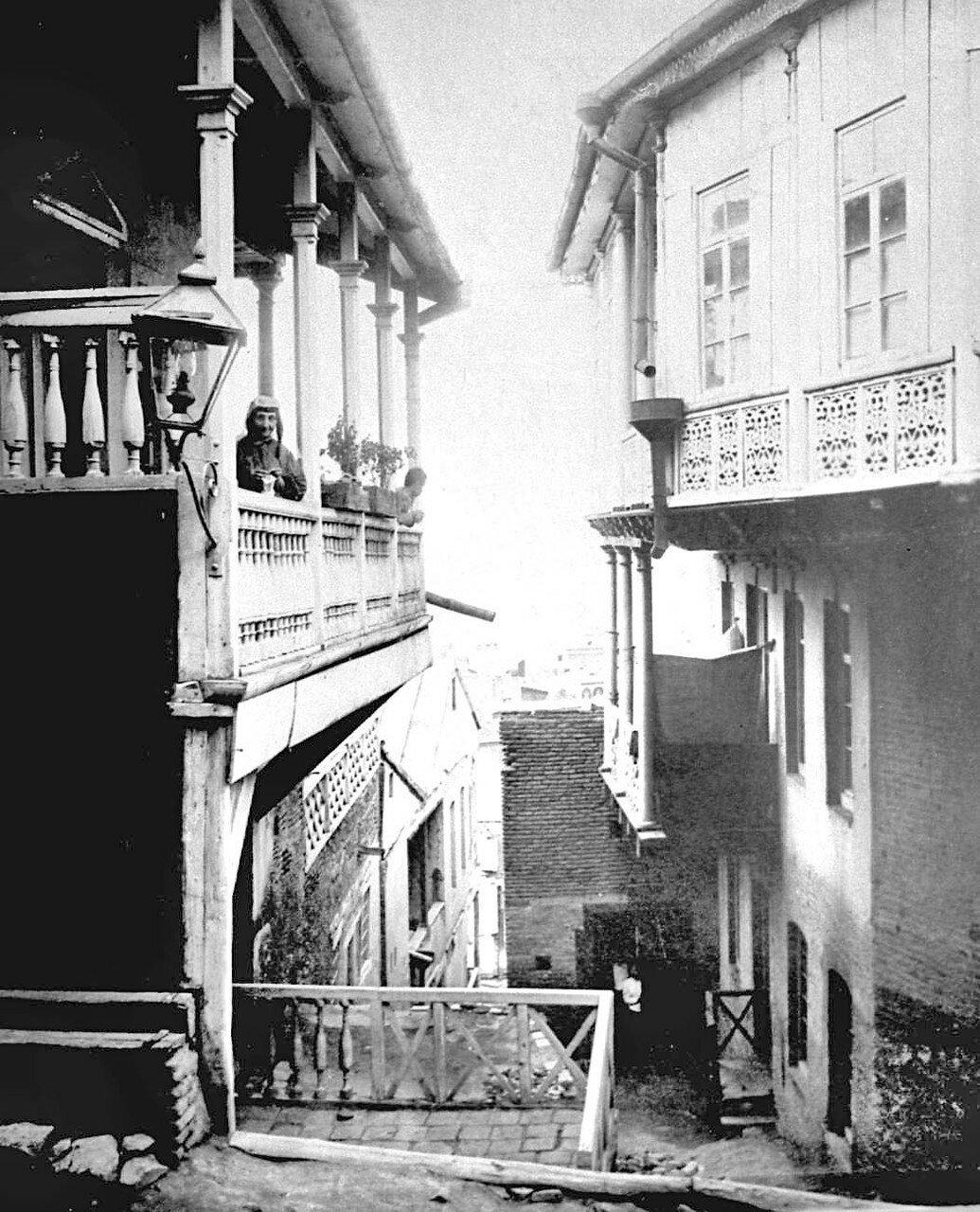 Типичные тифлисские дома