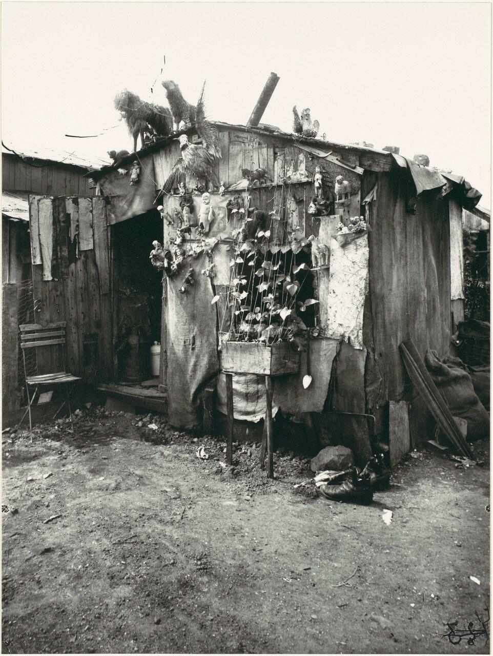 1922. Хижина старьевщика