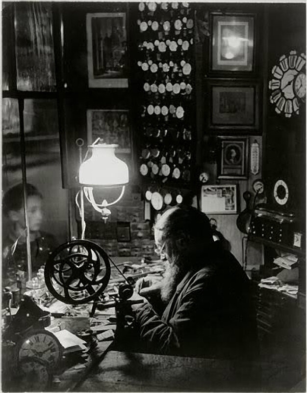 1932. Часовщик с Рю Дофин