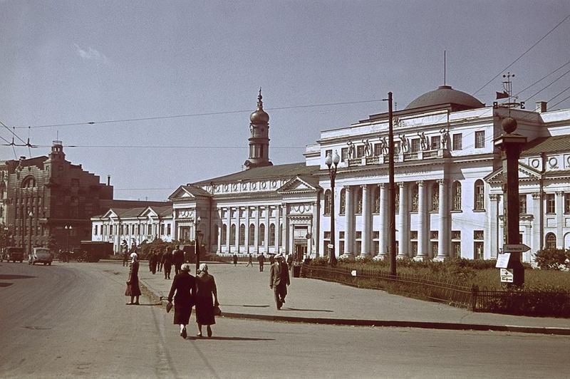 Площадь Конституции в оккупированном Харькове