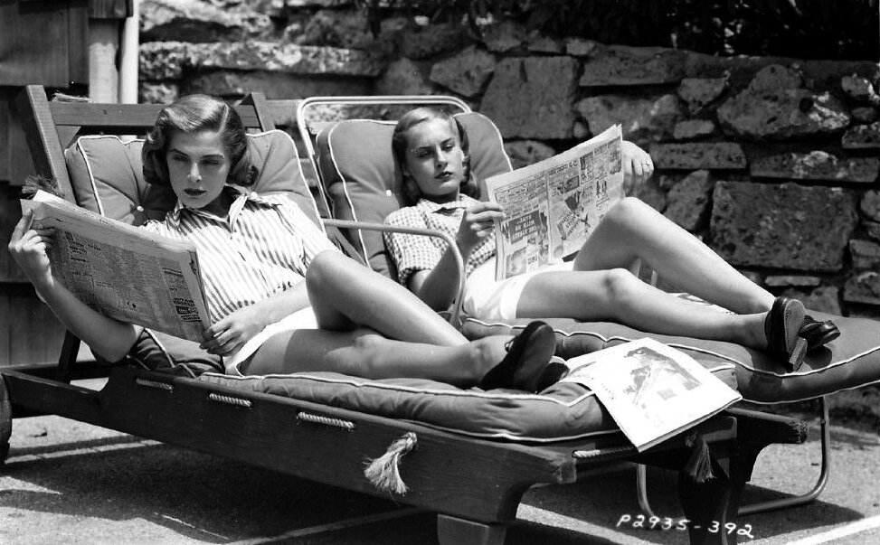 Lizabeth Scott lounging in the sun, 1948.jpg