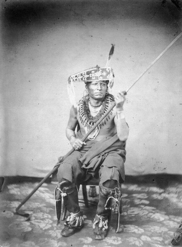 Ne-sha-du-si-di-te-n-ku, The Chief Whom They Look Upon, Head Chief Republican Pawnees, 1858 or 1859