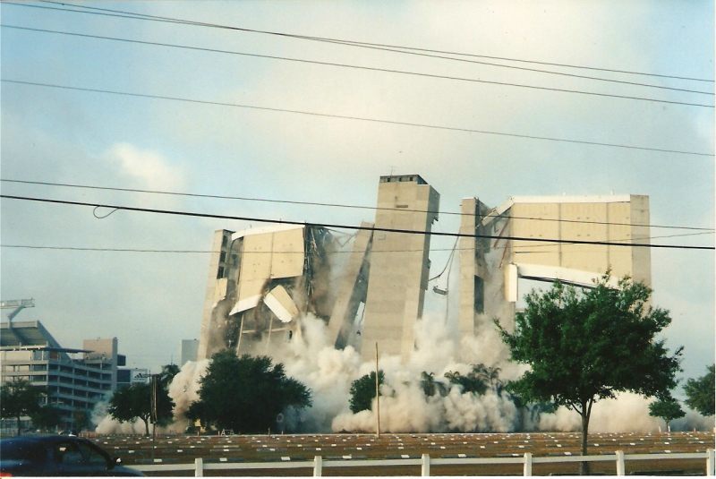 1999_Tampa_Stadium-2.jpg