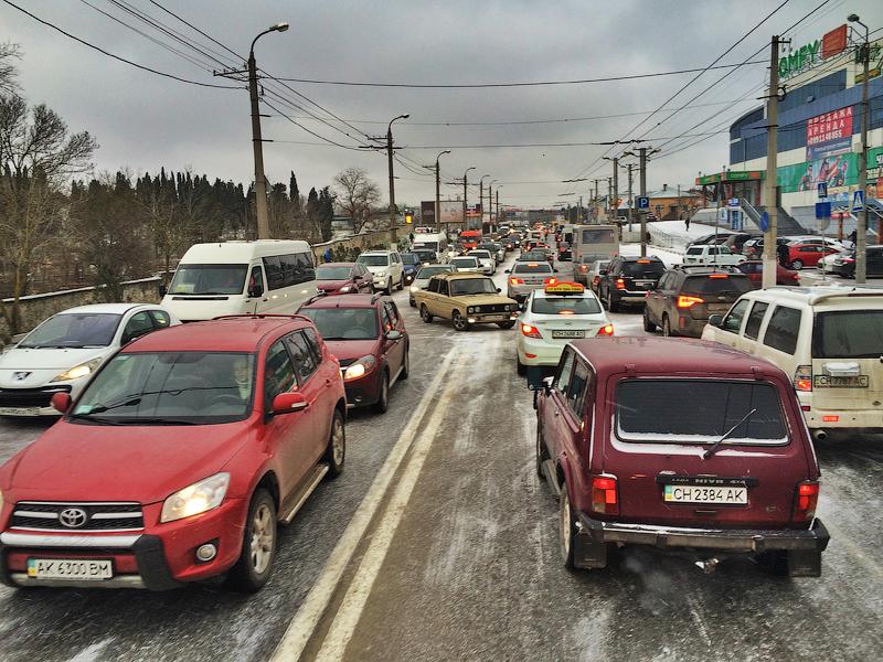 Замена водительских прав и перерегистрация машин в Крыму. Остался месяц.