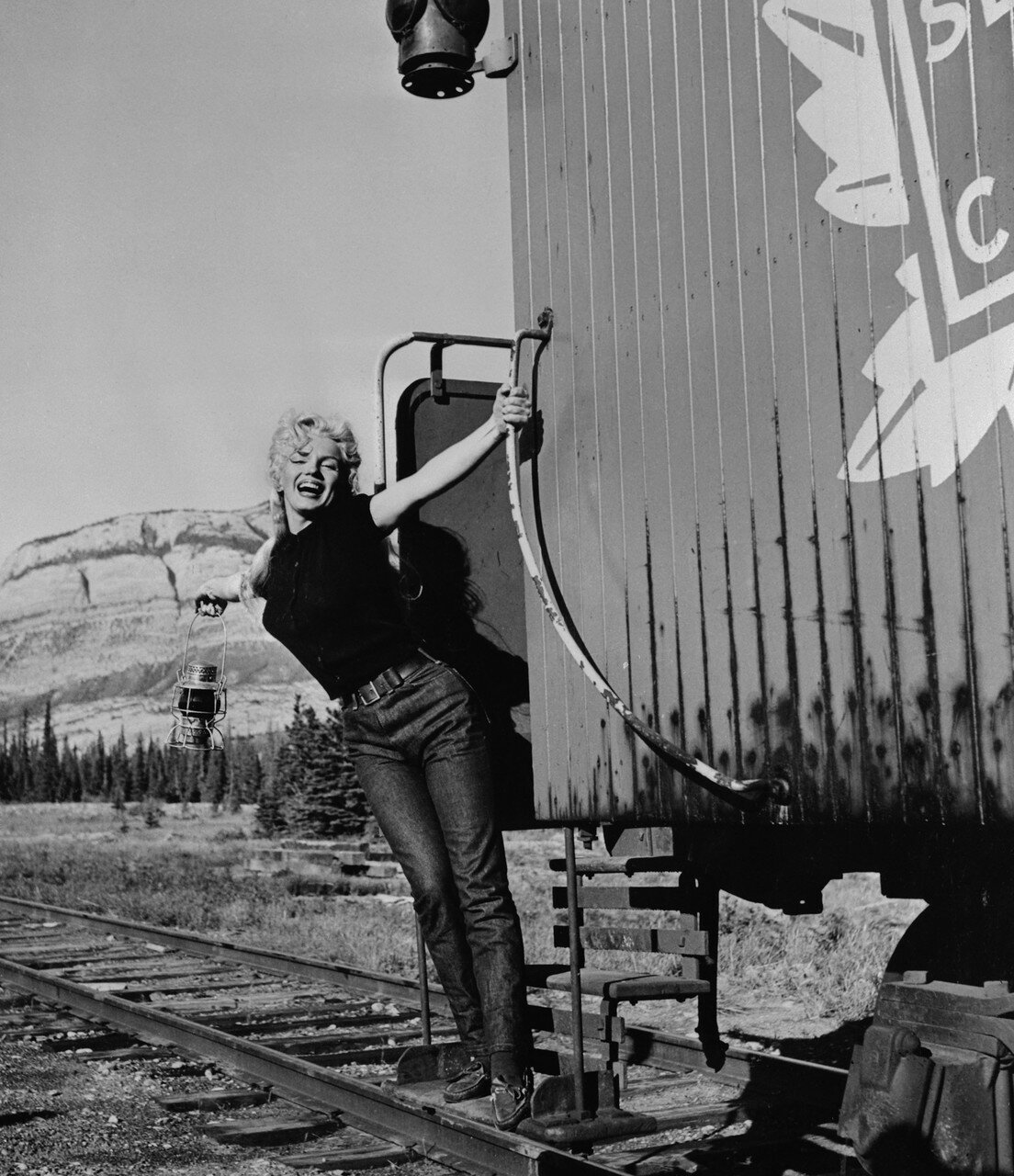 Marilyn Monroe with One Arm on Caboose