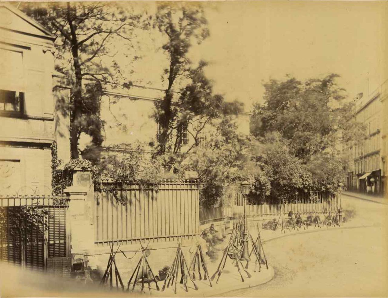 Вид на Отель Тьера