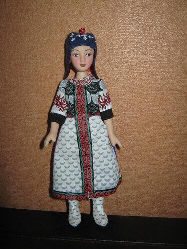 Куклы в народных костюмах №87 Кукла в нанайском костюме