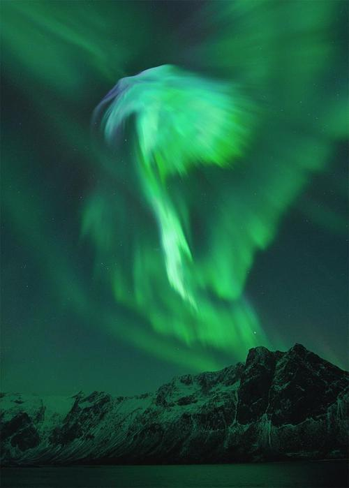 Красивые фотографии полярного сияния 0 10d63e 14747a63 orig