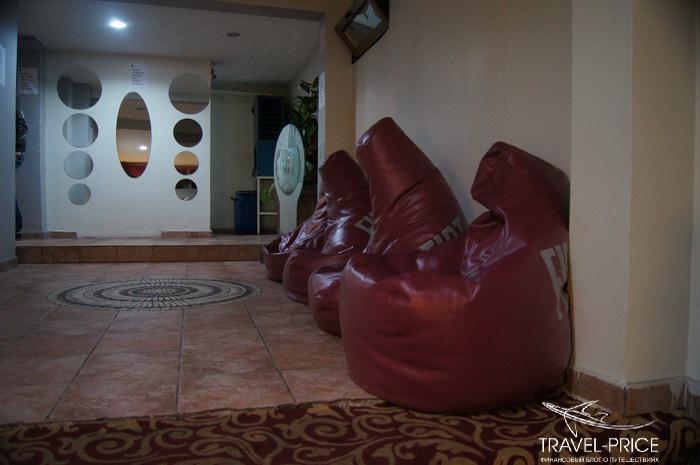 вход в Ak Hotel
