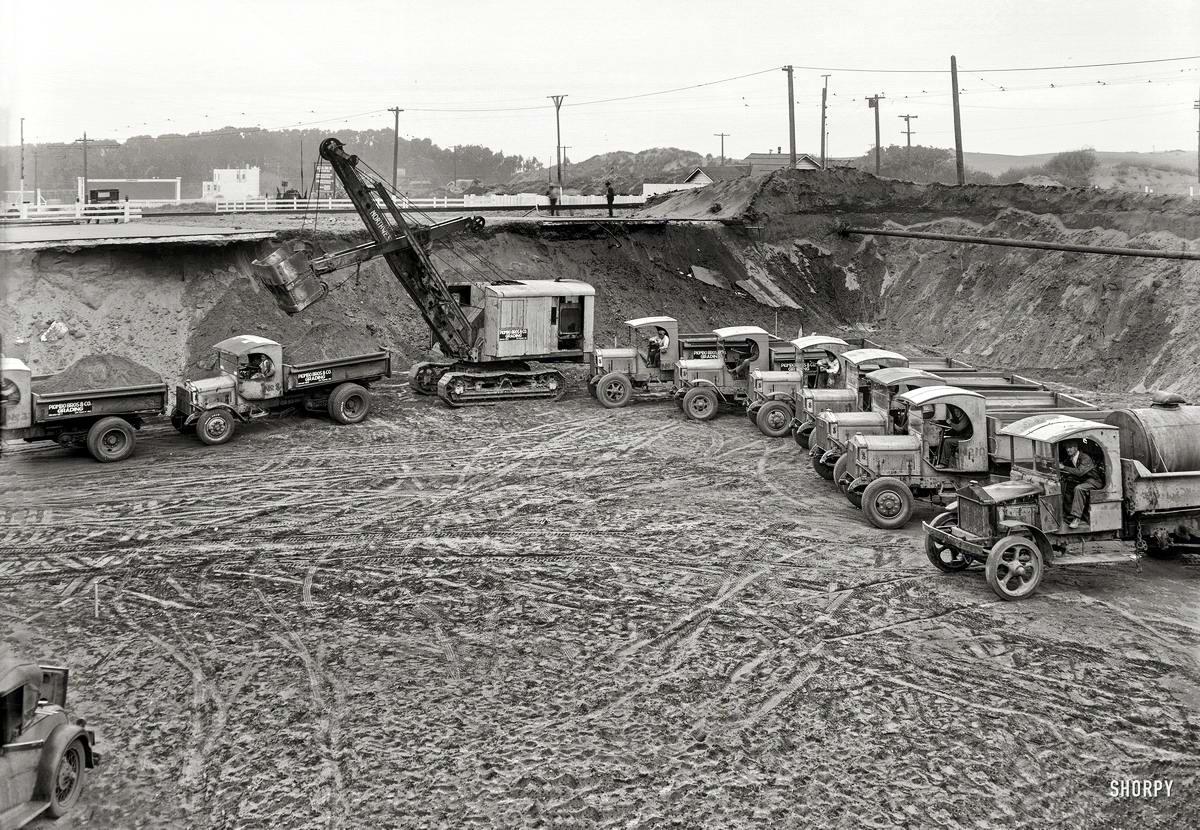 Специализированные транспортные средства начала 20-го века на снимках американских фотографов (58)